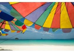 Ομπρέλες θαλλάσης - Ξαπλώστρες